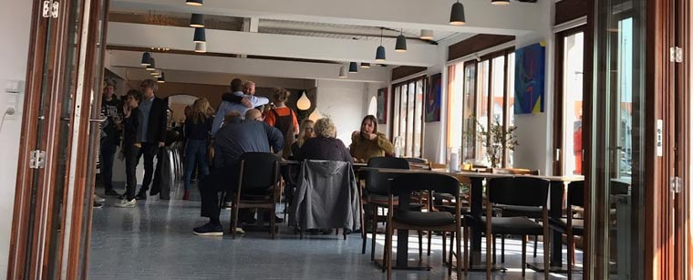 Makker: Spisested Knud på Hundested Havn
